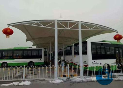 襄阳停车棚膜结构-河南某公交站停车棚膜结构